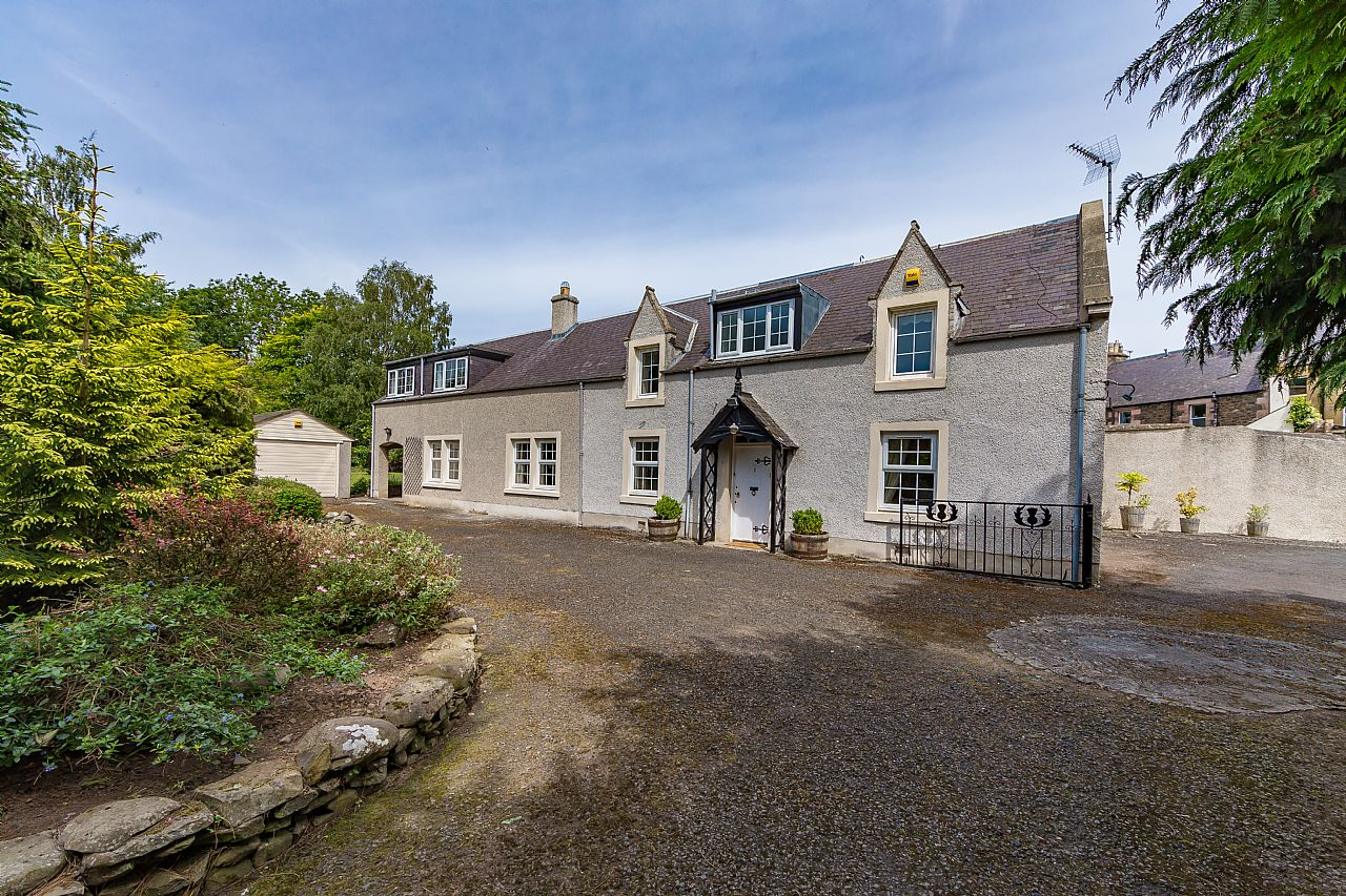 Thistle Cottage, Station Road Earlston TD4 6BZ