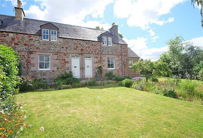 Belmont & Snowberry Cottages, St Johns Wynd Newstead TD6 9DD