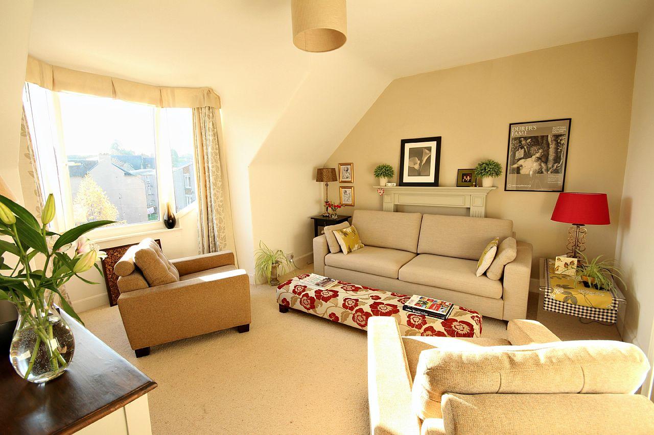 3 Bed Second Floor Flat In Guide Price 94 995 13 2 Havelock Street Hawick Td9 7ba Bspc