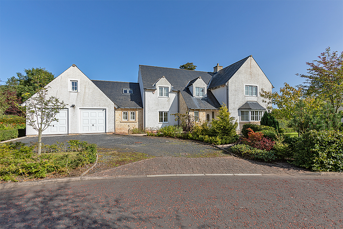 5 Bed Detached Villa In Offers Over 425 000 Glebe Lodge 2 Kirkpark Westruther Td3 6nr Bspc
