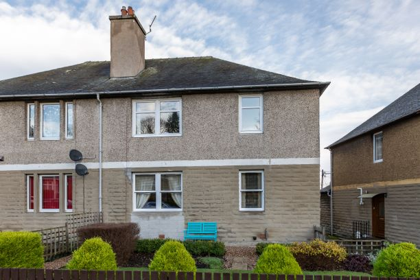 15 Tweed Crescent Galashiels TD1 3ED